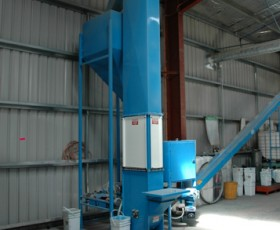 Small Bucket Elevator Feeding Treater
